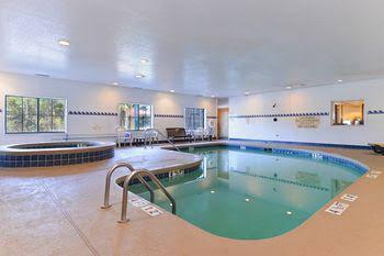 Country Inn & Suites - Savannah Gateway