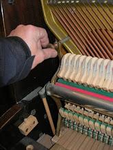 Photo: dévisser les écrous de blocage de la mécanique
