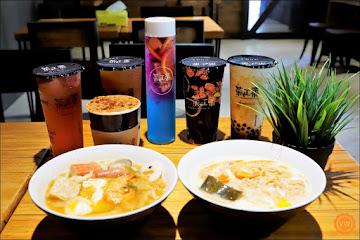 茶工業現萃茶飲/咖啡 虎尾店
