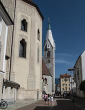 Photo: Biała wieża kościoła św. Michała Archanioła z 1500 r.
