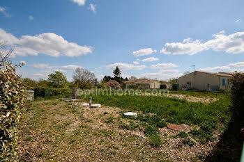 terrain à Loire-les-Marais (17)