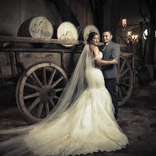 Wedding photographer Carlos Curiel (curiel). Photo of 13.11.2018