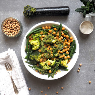 Chickpeas, Green Beans, Broccoli and Pesto Bowl Recipe