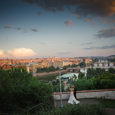 Wedding photographer Kurt Vinion (vinion). Photo of 27.09.2017