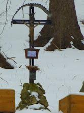 Photo: Zum Kreuz stapfe ich nicht hin, sondern lasse es zu mir kommen.
