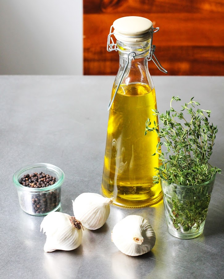 Garlic Olive Oil Remedy for Ear Infections