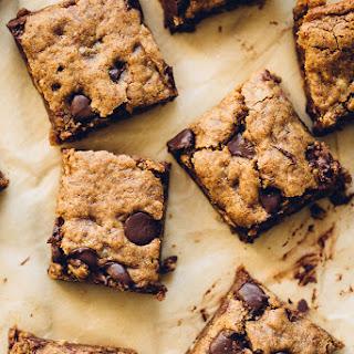 Almond Butter Oatmeal Chocolate Chip Cookie Bars (Vegan, GF)