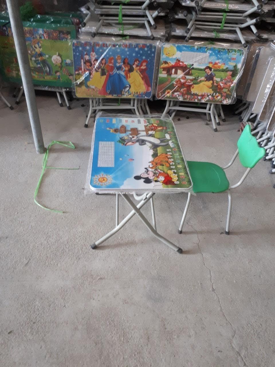 Bộ bàn cao mỏng ghế mèo