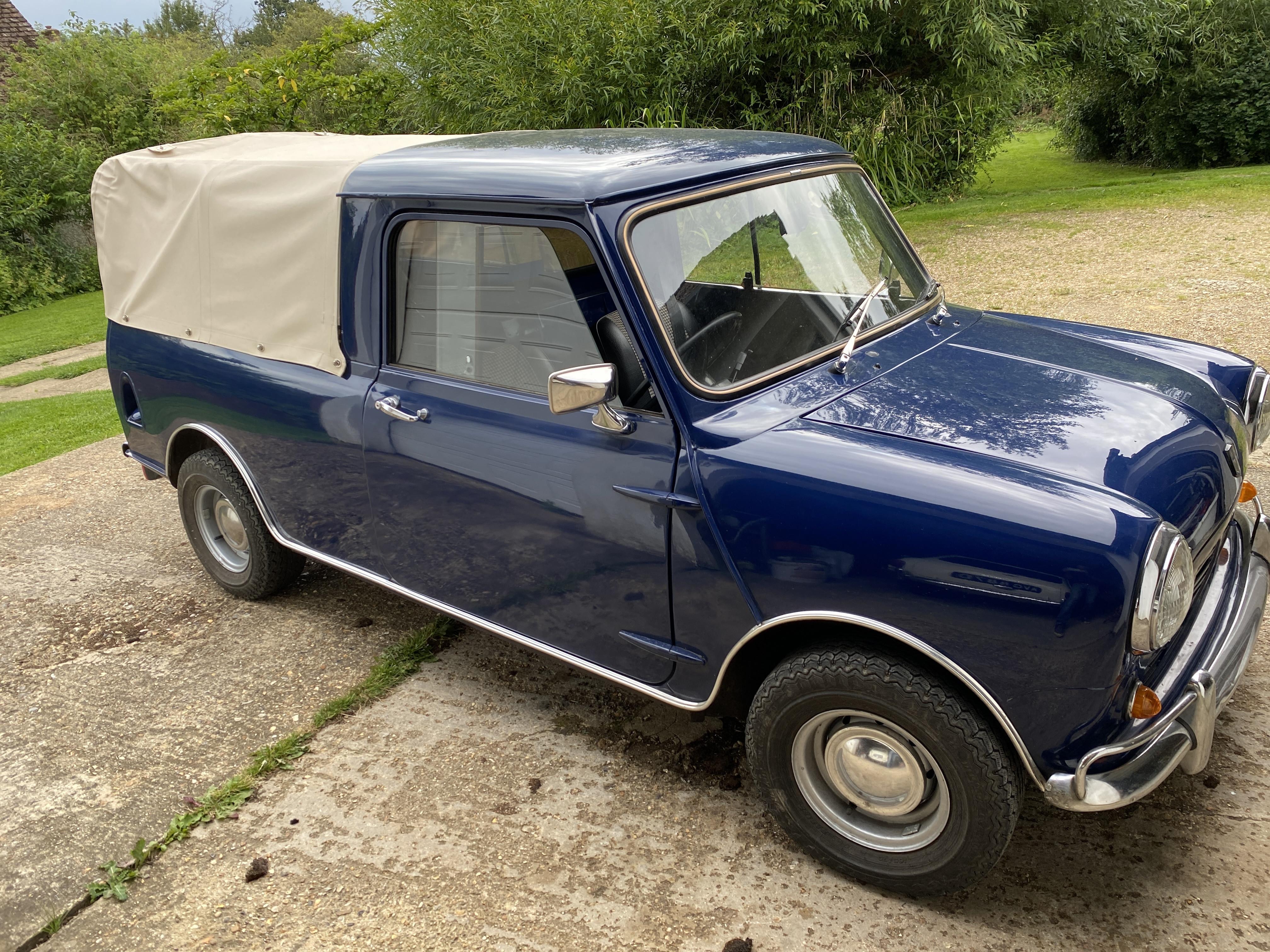 Mini Pickup Hire Hertfordshire Cy