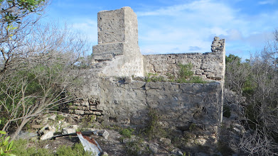 Photo: A ruin towards Point Malcolm