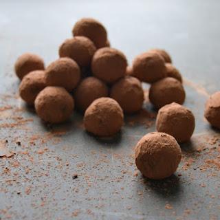 Chocolate & Date Love Truffles