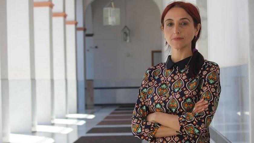 Helena Maleno, fotografiada en el Parlamento de Andalucía.