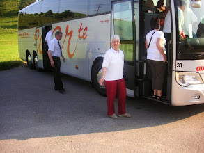 Photo: Unsere Präsidäntin geht als letzte an Bord. Alles o.k.