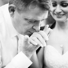 Wedding photographer Yuliya Antonovskaya (juliaantonovskay). Photo of 19.07.2017