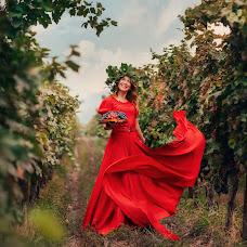 Wedding photographer Olga Nikolaeva (avrelkina). Photo of 29.09.2019