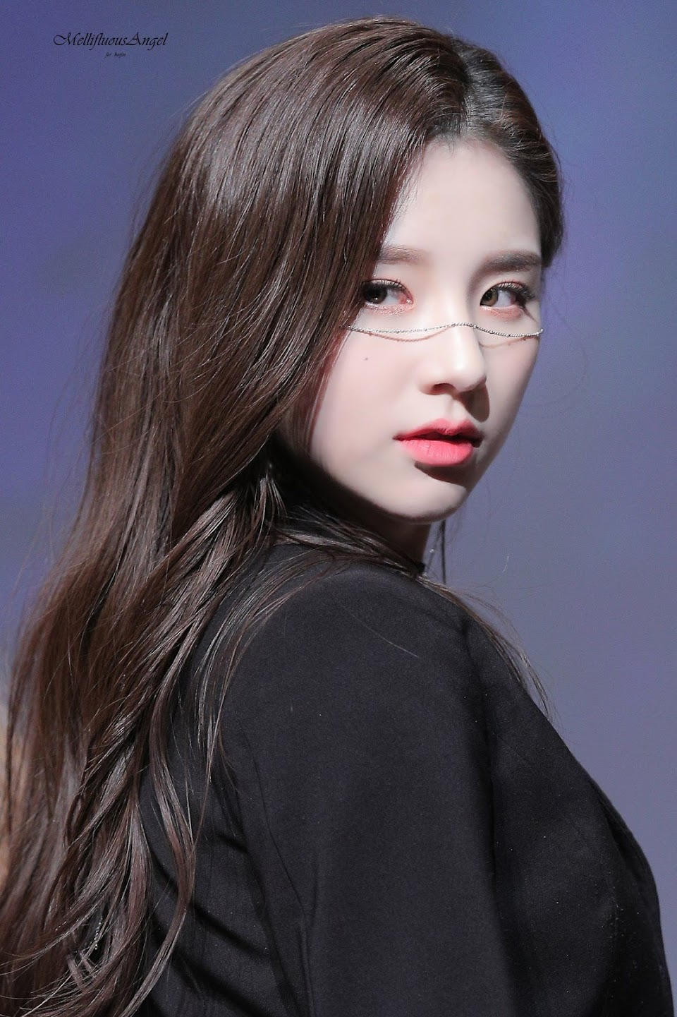 heejin profile 38
