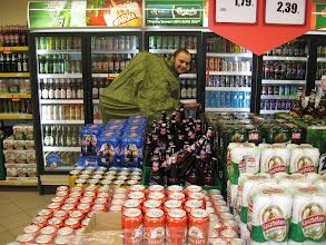 Photo: Następnie zahaczamy o miejscowy market by poczynić niezbędne zakupy.