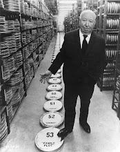 Photo: Hitchcock e o resumo de sua carreira: 53 longas.