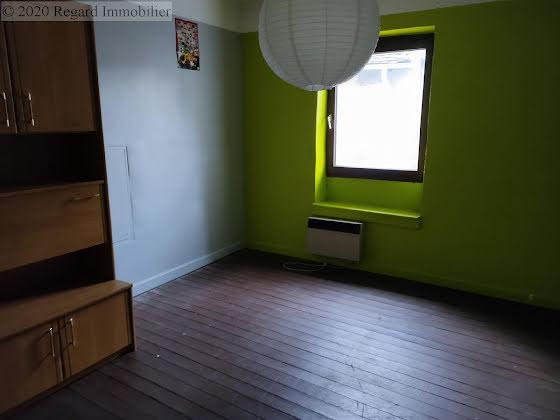 Vente divers 10 pièces 230 m2