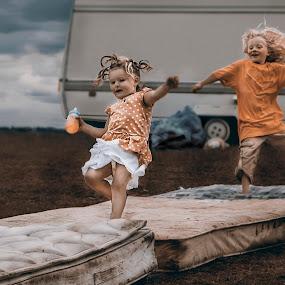 Gypsy Children by KT Allen - Babies & Children Children Candids ( caravan, children, travellers, appleby, gypsy )
