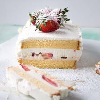 Strawberries and Cream Ice Cream Cake + Giveaway.