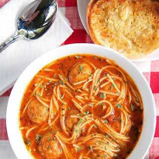 {Slow Cooker} Spaghetti and Meatball Soup.