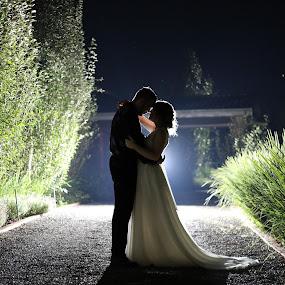Night photography by Nici Pelser - Wedding Bride & Groom (  )
