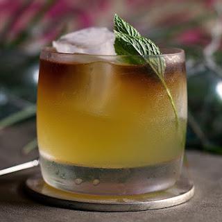 Hi Kai Mai Tai Cocktail.