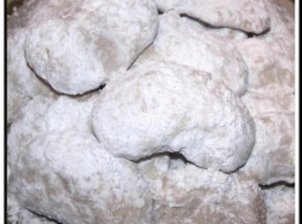 Pecan Crescent Cookies Recipe