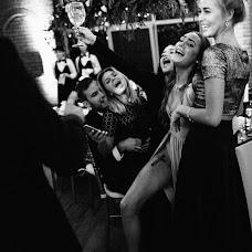 Wedding photographer Vasiliy Tikhomirov (BoraBora). Photo of 21.12.2015
