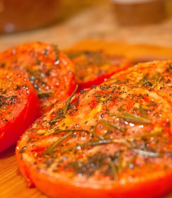 Oven Baked Garden Fresh Tomato Slices Recipe