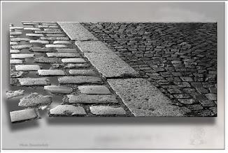 Foto: 2011 10 04 - P 134 E - drei flache Steine