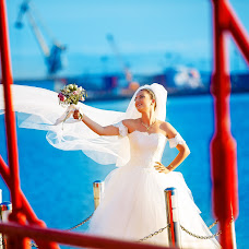 Wedding photographer Mert Oktay (mrtkty). Photo of 04.09.2015
