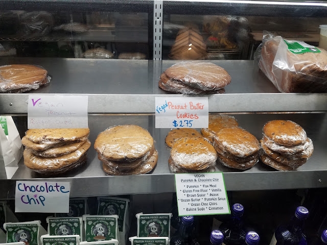 Great price for yummy gigantic, plate sized cookies!