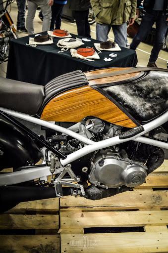 préparation cafe racer moto paris rides finition accessoires