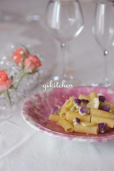 Photo: Pasta cavolfiore e limone;:Pasta cavolfiore e limone: http://gikitchen.wordpress.com/2012/05/28/pasta-cavolfiore-e-limone