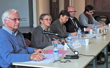 Photo: Table ronde 1 : La laïcité vécue dans les établissements scolaires et universitaires, animée par Françoise Cros avec : Michel Flores-Garcia, Pierre Laffite, Françoise Lorcerie et Jean-Pierre Obin