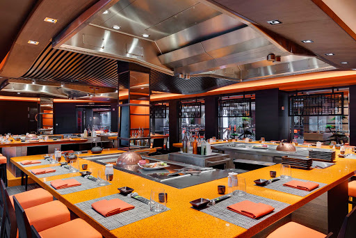 msc-meraviglia-teppanyaki-2.jpg -  Tradition and modernity go hand in hand at the stylish Kaito Teppanyaki Restaurant & Sushi Bar on MSC Meraviglia.