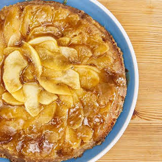 Lisa Oz's Gluten-Free Apple-Caramel Cake with Flaky Salt.
