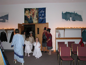 Photo: Fri, Dec 5/08 - The tour groups started in the entryway (arrival in Bethlehem), where they registered.