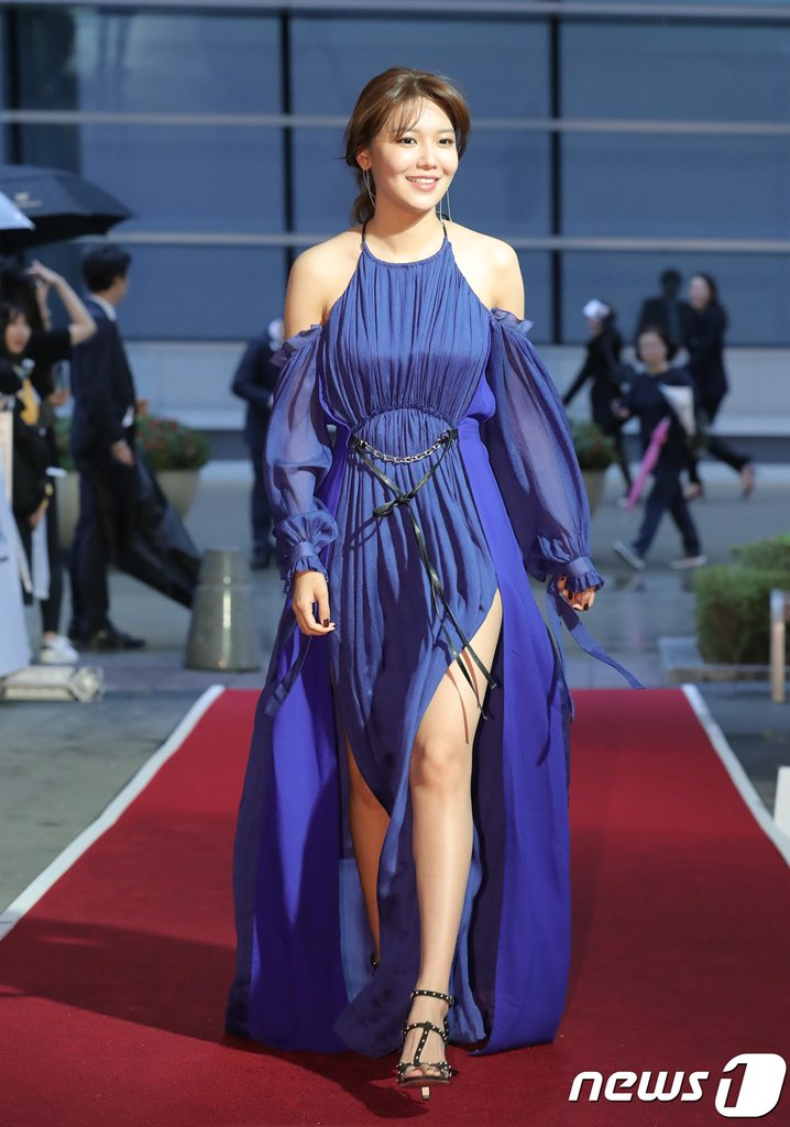 sooyoung gown 16