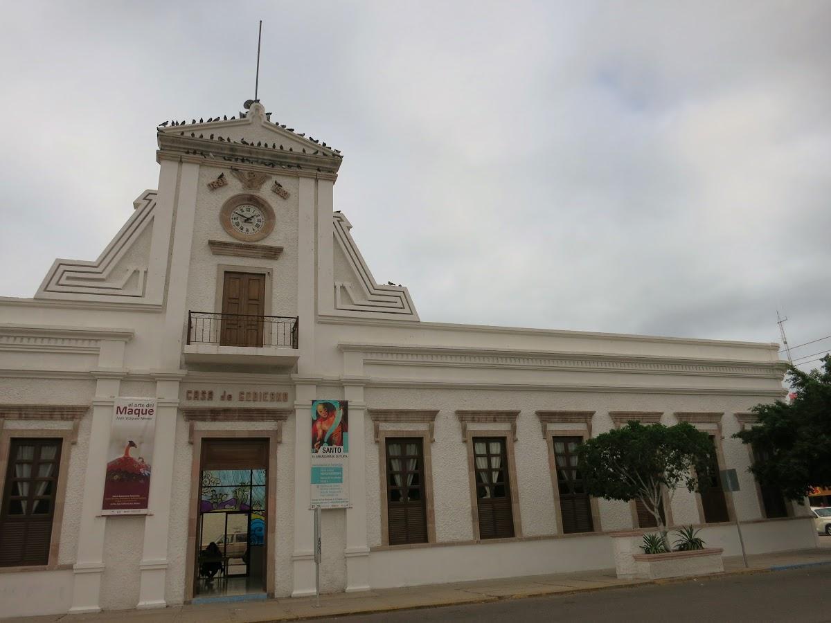 An easy walk through time in charming la paz 39 s historic - Casa paz logrono ...
