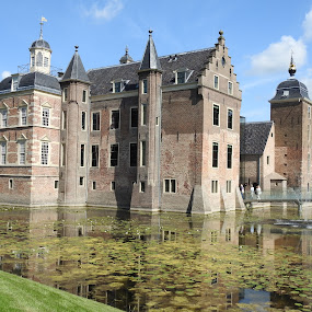 Castle Ruurloo-The Netherlands by Bob Has - Buildings & Architecture Public & Historical ( water, holland, the netherlands, ruurloo, castle )