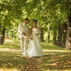 Wedding photographer Maksim Antipov (34max). Photo of 11.09.2013