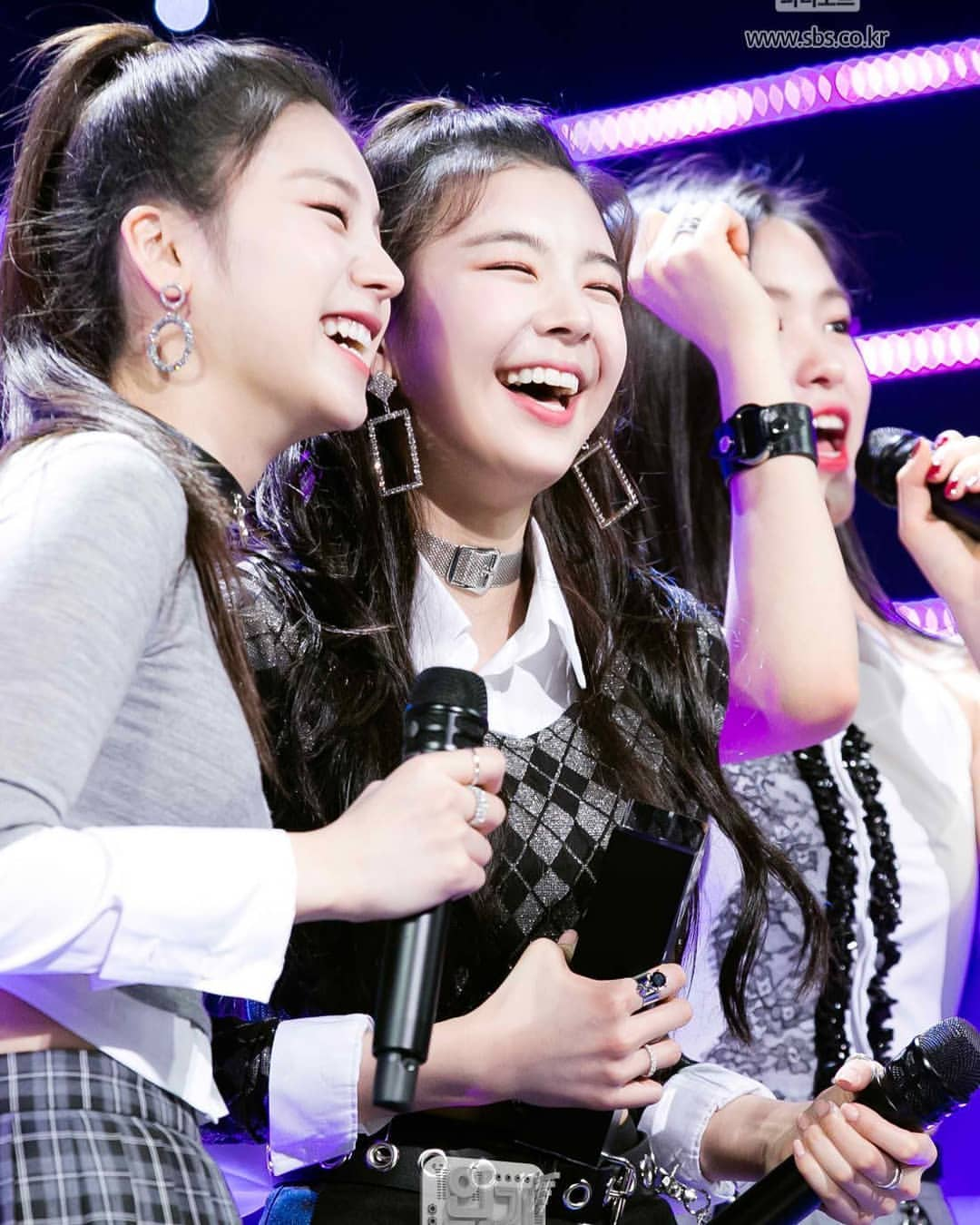 itzy instagram official 2
