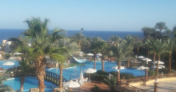 Территория отеля Queen Sharm Resort 4*