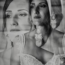 Wedding photographer Miroslava Velikova (studioMirela). Photo of 04.08.2018