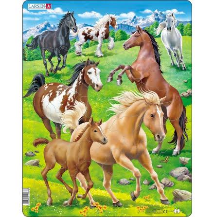 Larsen Pussel Hästar - 65 bitar