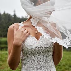 Wedding photographer Artem Khizhnyakov (photoart). Photo of 26.10.2017