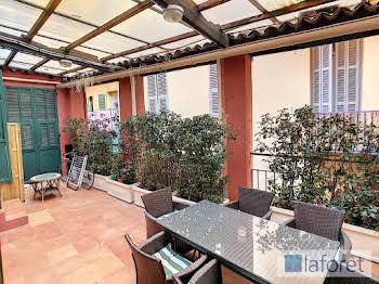 Appartement 8 pièces 126,75 m2